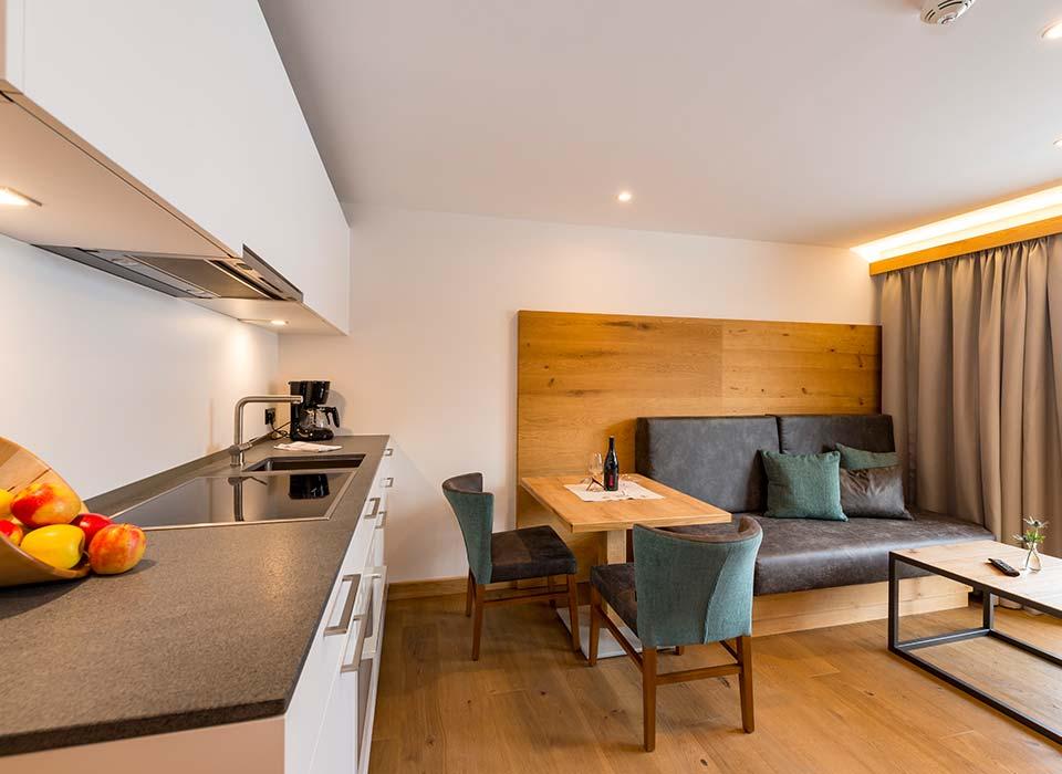 Weinstube-Seefeld-Appartements-Standard-Kueche-1